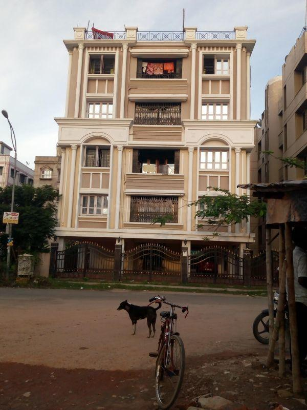 Building Image of 680 Sq.ft 2 BHK Apartment for rent in Keshtopur for 6500