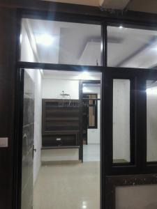 Gallery Cover Image of 600 Sq.ft 1 BHK Apartment for buy in Niti Khand for 2350000