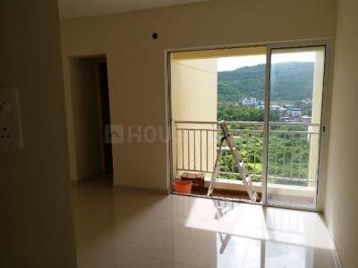 Gallery Cover Image of 900 Sq.ft 2 BHK Apartment for rent in Eco Vista, Shilphata for 14500