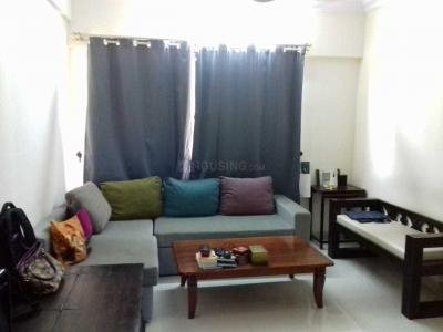 Gallery Cover Image of 840 Sq.ft 2 BHK Apartment for rent in Santacruz East for 48000