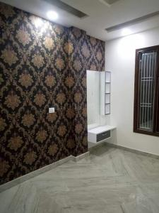 Gallery Cover Image of 800 Sq.ft 3 BHK Independent Floor for buy in Sector 25 Rohini for 6800000