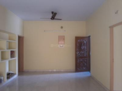 Gallery Cover Image of 1300 Sq.ft 3 BHK Apartment for rent in Nangainallur for 15000