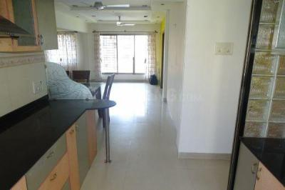 Gallery Cover Image of 1200 Sq.ft 2 BHK Apartment for rent in Andheri West for 50000