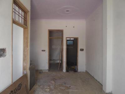 Gallery Cover Image of 540 Sq.ft 1 BHK Independent House for buy in Sector 105 for 3500000