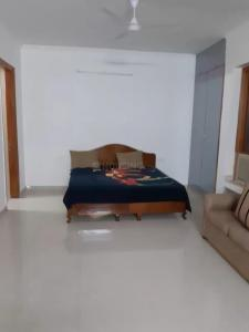 Gallery Cover Image of 1500 Sq.ft 3 BHK Independent Floor for rent in DLF Phase 3 for 55000