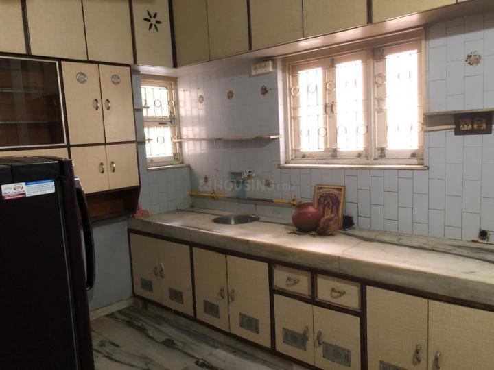 मेमनगर में मनकी पीजी के किचन की तस्वीर