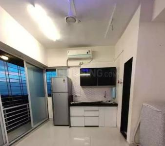 Gallery Cover Image of 300 Sq.ft 1 RK Apartment for rent in Bandra Shiv Smurti CHS, Khar West for 23000