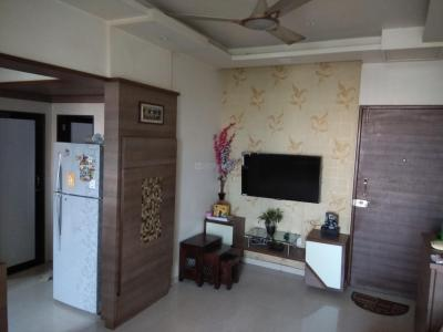 Gallery Cover Image of 850 Sq.ft 2 BHK Apartment for rent in Kurla East for 33000