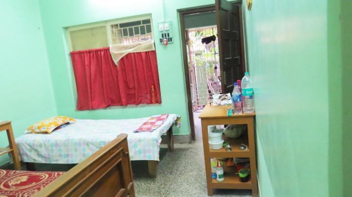 Bedroom Image of Nirala PG in Barisha