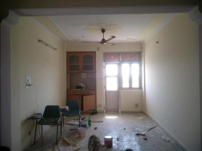 Gallery Cover Image of 1700 Sq.ft 3 BHK Apartment for rent in Sector 18 Dwarka for 25000