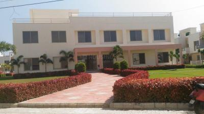 Gallery Cover Image of 1750 Sq.ft 3 BHK Villa for buy in Pebble Bay Phase 1, Ratanpur for 5700000
