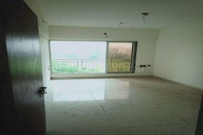 Gallery Cover Image of 1020 Sq.ft 2 BHK Apartment for rent in Dharti Pressidio, Kandivali West for 28000