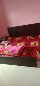 Gallery Cover Image of 1050 Sq.ft 2 BHK Independent Floor for rent in Sector 42 for 12500