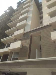 Gallery Cover Image of 1300 Sq.ft 3 BHK Apartment for buy in Vrindavan Yojna for 5000000