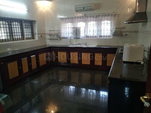 Kitchen Image of 6500 Sq.ft 5 BHK Independent House for rent in Injambakkam for 250000