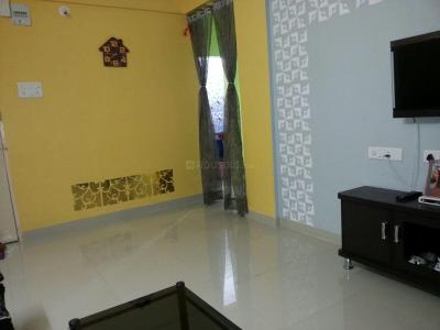 Gallery Cover Image of 600 Sq.ft 2 BHK Apartment for rent in Dhankawadi for 18000