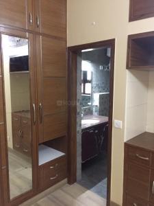साउथ  एक्सटेंशन II  में 40000000  खरीदें  के लिए 1750 Sq.ft 4 BHK इंडिपेंडेंट फ्लोर  के बेडरूम  की तस्वीर