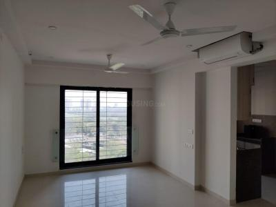 Gallery Cover Image of 650 Sq.ft 1 BHK Apartment for rent in Kanakia Zenworld Phase I, Kanjurmarg East for 30000
