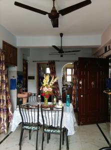 Gallery Cover Image of 2006 Sq.ft 4 BHK Apartment for buy in Birati for 7200000