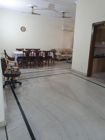 सेक्टर 27 में मन्नत ब्लीस के हॉल की तस्वीर