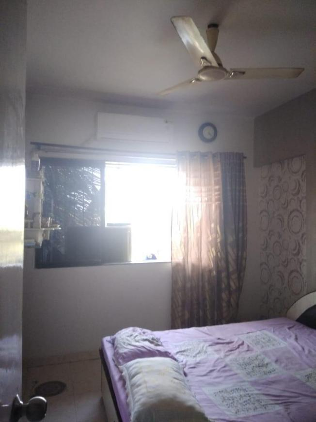 Bedroom Image of 750 Sq.ft 2 BHK Apartment for rent in Kandivali West for 28000