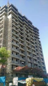 Gallery Cover Image of 485 Sq.ft 1 BHK Apartment for buy in Thane West for 7000000