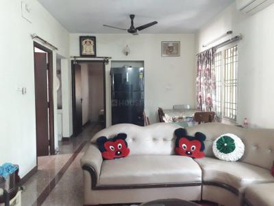 Gallery Cover Image of 1300 Sq.ft 3 BHK Apartment for rent in Kodambakkam for 40000
