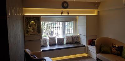 Gallery Cover Image of 1350 Sq.ft 3 BHK Apartment for buy in Mahim for 60000000