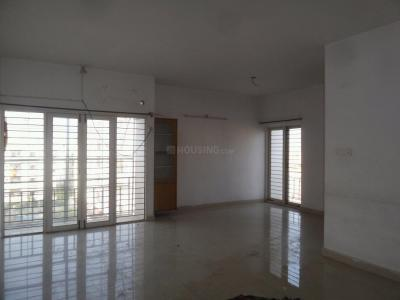 Gallery Cover Image of 1550 Sq.ft 3 BHK Apartment for rent in Chanakyapuri for 13000