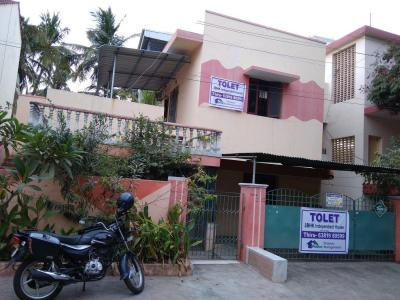 Gallery Cover Image of 1500 Sq.ft 3 BHK Independent House for rent in Valasaravakkam for 30000