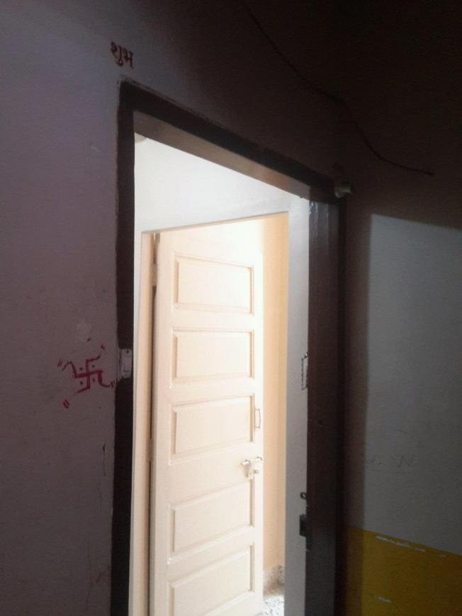 Main Entrance Image of 620 Sq.ft 1 BHK Apartment for rent in Vashi for 17000
