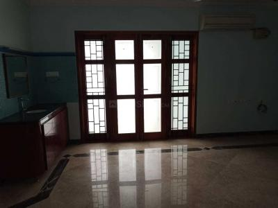 Gallery Cover Image of 2170 Sq.ft 3 BHK Apartment for rent in Kotturpuram for 100000