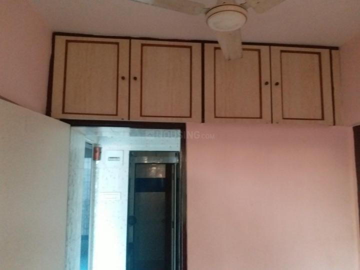 Bedroom Image of 418 Sq.ft 1 BHK Apartment for rent in Borivali West for 18000