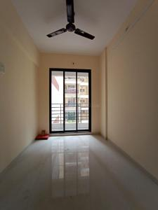 Gallery Cover Image of 840 Sq.ft 2 BHK Apartment for buy in Dombivli East for 6200000