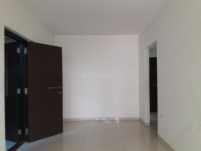 Gallery Cover Image of 950 Sq.ft 2 BHK Apartment for buy in Malad West for 14500000
