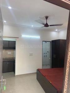 Gallery Cover Image of 250 Sq.ft 1 RK Independent Floor for rent in RWA East of Kailash Block E, Greater Kailash for 12000