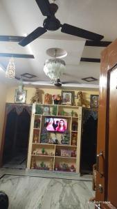 Gallery Cover Image of 1500 Sq.ft 2 BHK Independent House for buy in Karmanghat for 15000000