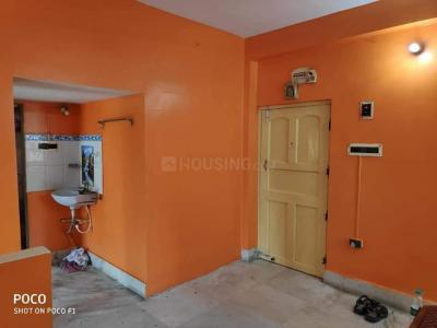 Gallery Cover Image of 800 Sq.ft 2 BHK Apartment for rent in Dum Dum for 10000