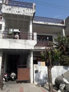 Gallery Cover Image of 1800 Sq.ft 5 BHK Independent House for buy in Rajajipuram for 13000000