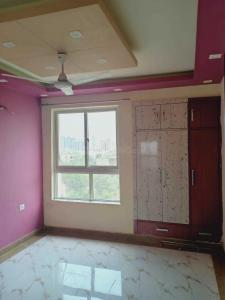 Gallery Cover Image of 1659 Sq.ft 3 BHK Apartment for rent in Omega II Greater Noida for 12000
