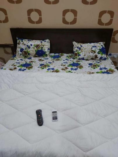 पालम विहार एक्सटेंशन में फ्रेंडस पीजी में बेडरूम की तस्वीर