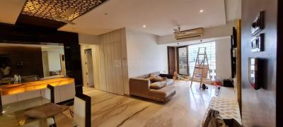 Gallery Cover Image of 1200 Sq.ft 2 BHK Apartment for rent in Elco Residency, Bandra West for 110000