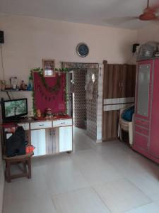 Gallery Cover Image of 400 Sq.ft 1 BHK Independent Floor for buy in Vejalpur for 1350000