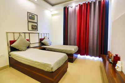 Gallery Cover Image of 1725 Sq.ft 3 BHK Apartment for buy in Parker White Lily, Kumashpur for 6300000