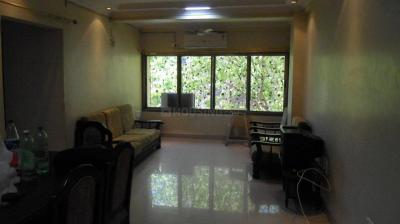 Gallery Cover Image of 625 Sq.ft 1 BHK Apartment for rent in Andheri West for 40000