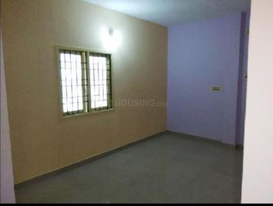 Gallery Cover Image of 2400 Sq.ft 3 BHK Apartment for rent in Medavakkam for 14000
