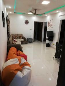 Gallery Cover Image of 1380 Sq.ft 3 BHK Apartment for rent in Aeropolis Phase III, Lohegaon for 21000