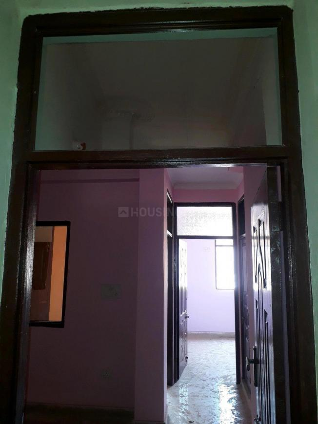 Main Entrance Image of 900 Sq.ft 2 BHK Apartment for rent in Sector 72 for 10000