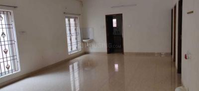 Gallery Cover Image of 1600 Sq.ft 5 BHK Apartment for rent in Velachery for 70000