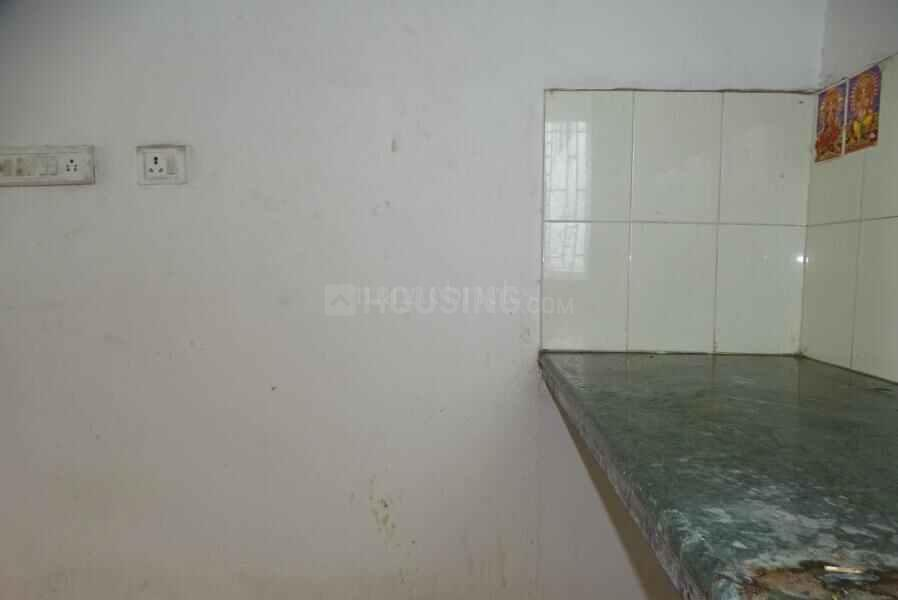 Kitchen Image of 950 Sq.ft 1 BHK Apartment for rent in Sodepur for 6000